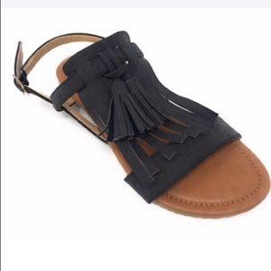 NWOB Victoria K forever young tassel black Sandals